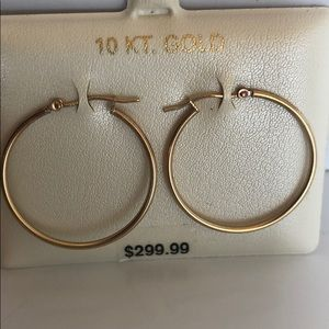 10 Kt Gold Earrings New